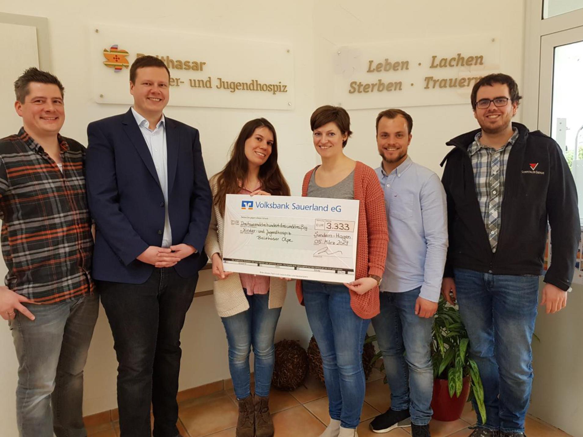 Hagener Schützen Spenden Für Kinder- Und Jugendhospiz Balthasar In Olpe